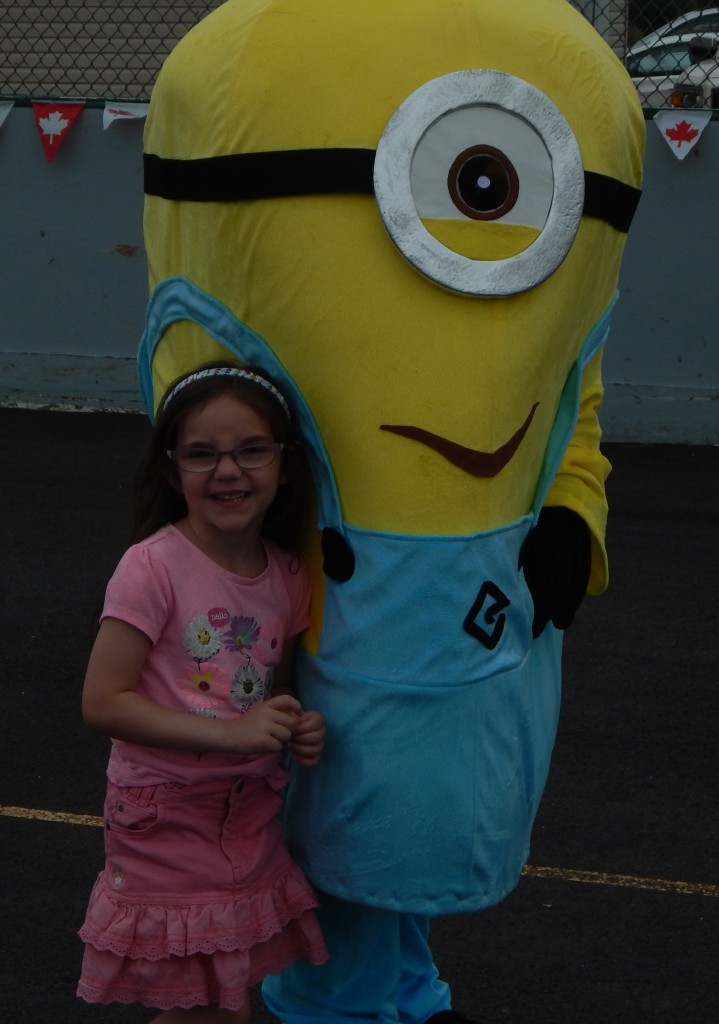 Minions Love Wordless Wednesday