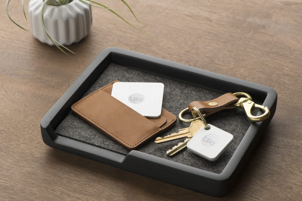 Keep Track Of Your Keys With Tile Mate Holidaygiftguide