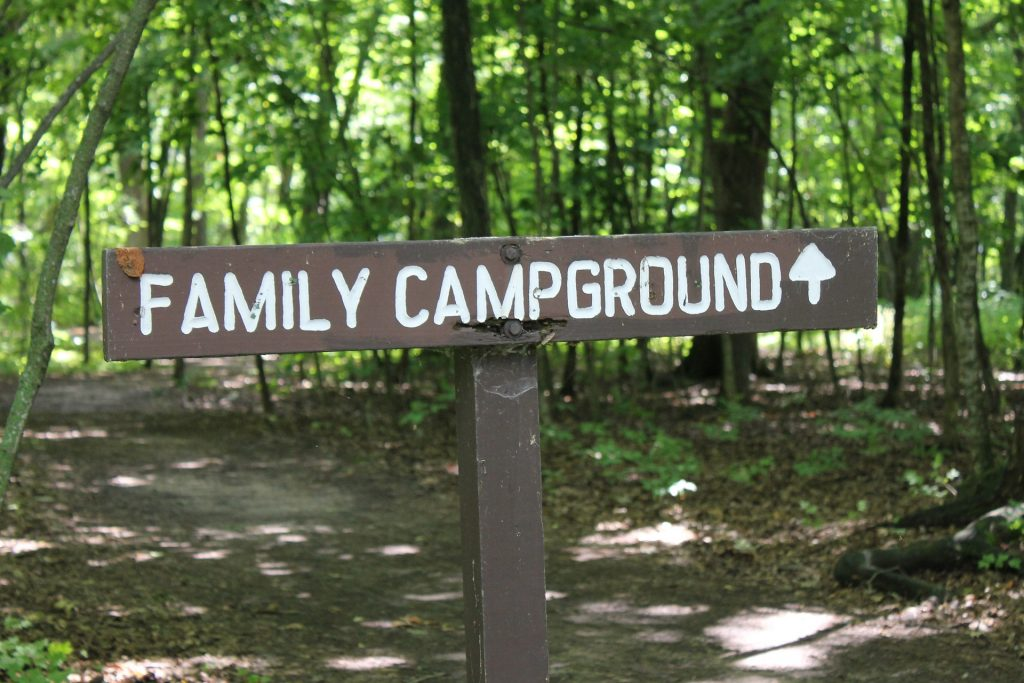 5 Family Camping Fun Tips #Travel