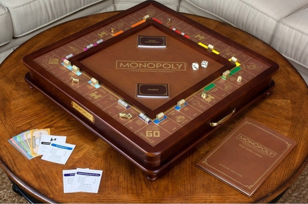 Monopoly with a Luxury Twist #HolidayGiftGuide